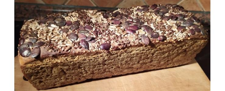 Řemeslný žitný kváskový chléb